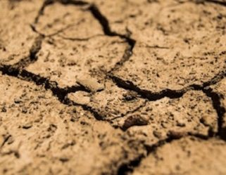 dry-earth-cracks-expansive-soil