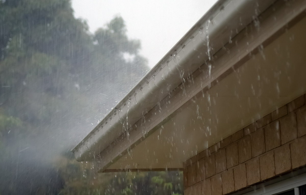 texas gutter rain downspouts foundation